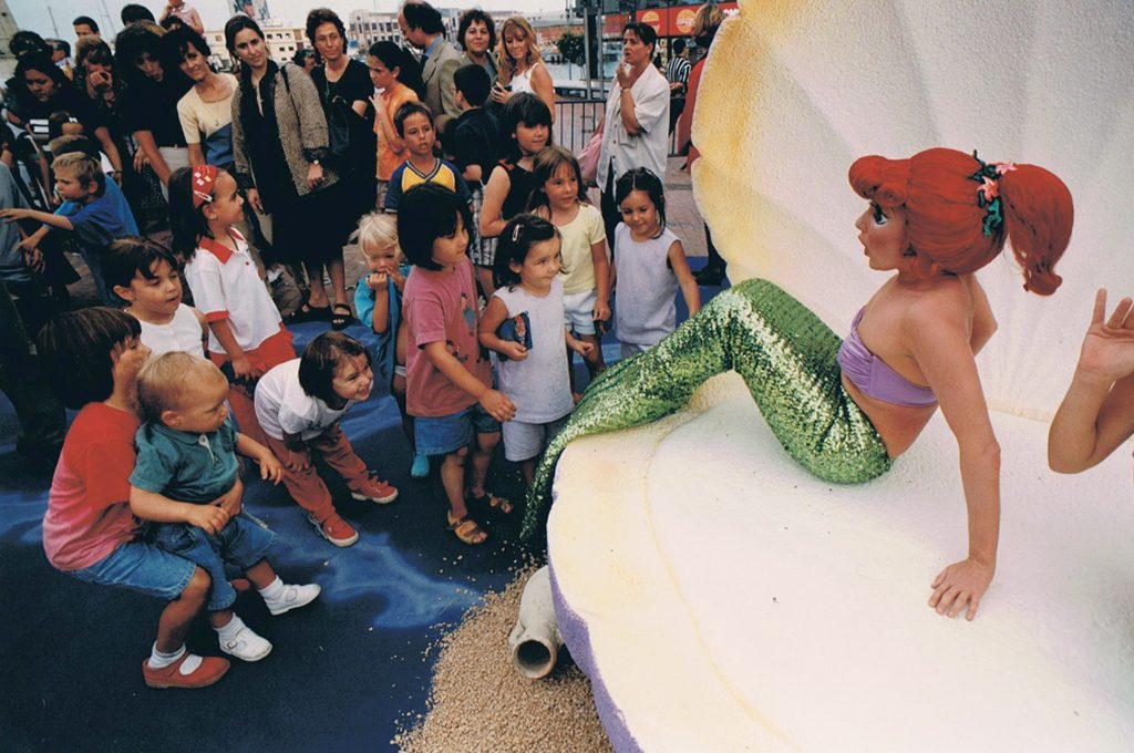— Opening The Little Mermaid, Maremagnum, Barcelona