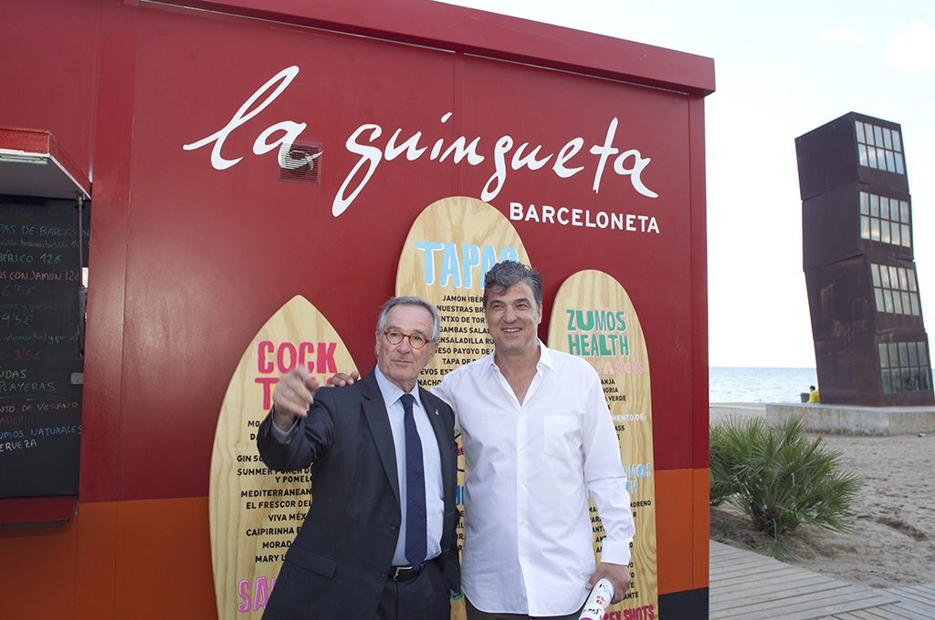 — The Mayor of Barcelona Xavier Trías with Carles Abellán at the opening of the season 2014